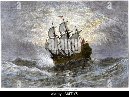 Die Mayflower auf See 1620. Hand - farbige Holzschnitt - Stockfoto