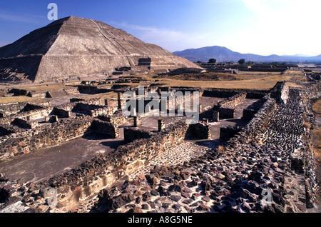 Mexiko Theotiuacan Allee der Toten Pyramide der Sonne Mond aztekischen Chachapoya-Stadt der Götter - Stockfoto