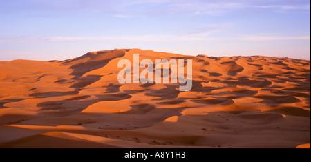 Sanddünen der Wüste Sahara, Erg Chebbi, Marokko - Stockfoto