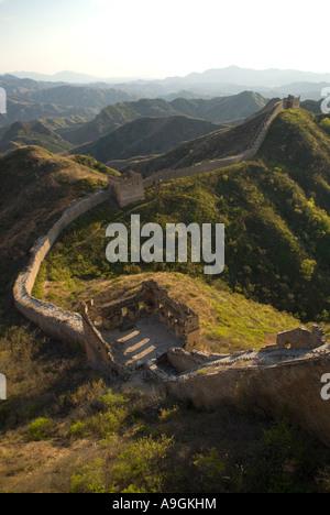 Große Mauer bei Jinshanling Pass nordöstlich von Peking in der Provinz Hebei - Stockfoto