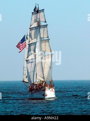 Exy Johnson Schiff bei Sail in Dana Point Harbor CA - Stockfoto