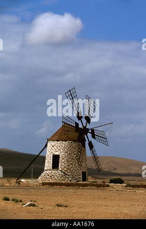 Spanien Kanarische Inseln Fuerteventura Windmühle von Tefia - Stockfoto