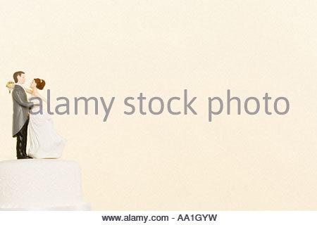 Hochzeit Figuren auf Kuchen - Stockfoto