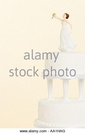Figur der Braut auf Hochzeit Kuchen - Stockfoto