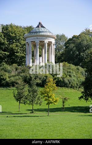 Monopteros im englischen Garten, München, Bayern, Deutschland - Stockfoto