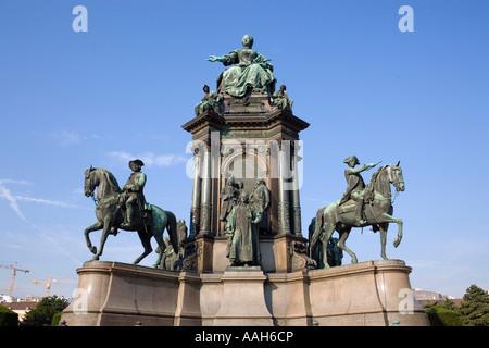 Maria Theresia Statue am Maria-Theresien-Platz-Wien-Österreich - Stockfoto