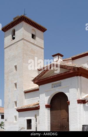 Plaza Mirador de San Nicolás in den historischen Straßen der spanischen Albayzín Granada Andaucía - Stockfoto