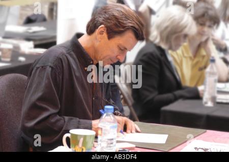 Dirk Benedict Autogramme Erinnerungsstücke NEC 26. und 27. Juli 2003 - Stockfoto