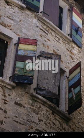 Bunten Fenstern in Rovinj Kroatien - Stockfoto