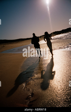 Paar am Strand North Coast Kwa Zulu Natal South Africa - Stockfoto