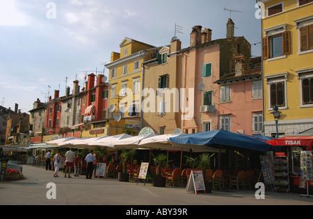 Blick auf Rovinj alte Stadt Istrien Kroatien ehemalige ex-Jugoslawien Rovigno Croazia Hrvatska Istra Istrien Halbinsel - Stockfoto