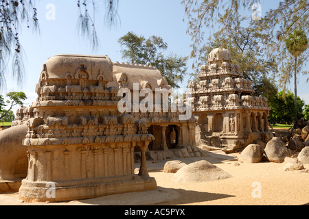 Die fünf Rathas Gruppe Mahabalipuram, UNESCO World Heritage Site in der Nähe von Chennai, Tamil Nadu Zustand, Indien, - Stockfoto