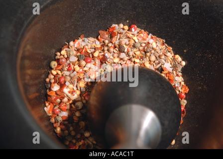 Marokkanische Gewürze verwendet bei der Herstellung von harissa - Stockfoto