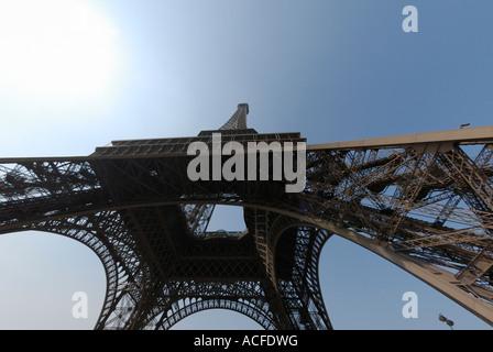 Eiffelturm in Paris. - Stockfoto