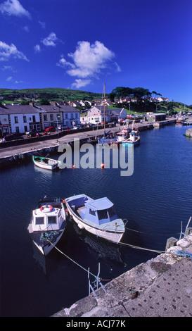 Sommer angeln Boote in Gourock Hafen, Glens von Antrim, County Antrim, Nordirland, Großbritannien. - Stockfoto