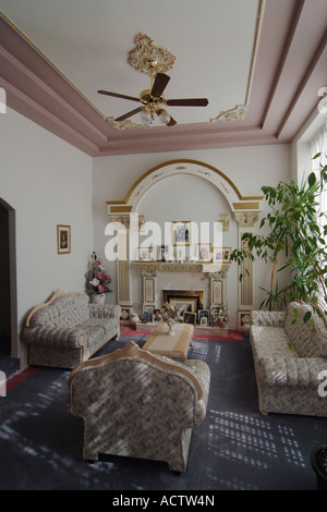 Obere mittelklasse wohnzimmer um 1900 stockfoto bild 48386858 alamy - Wohnzimmer brunnen ...