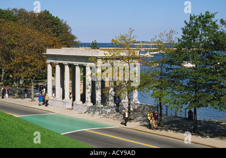 Massachusetts Plymouth Memorial rund um Plymouth Rock - Stockfoto