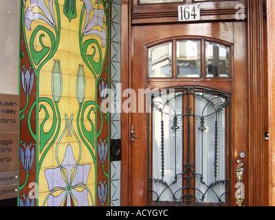farbenfrohe Art Deco Haustür den Haag Niederlande - Stockfoto