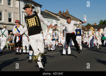 Morris tanzen Thaxted Morris Ring. Thaxted Stadt Essex England HOMER SYKES - Stockfoto