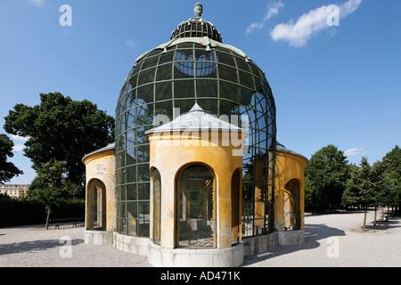 Barocke Taubenhaus, Schlossanlage Schönbrunn, Wien, Österreich - Stockfoto