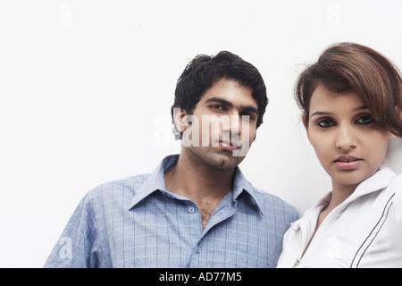 Porträt eines jungen Paares - Stockfoto