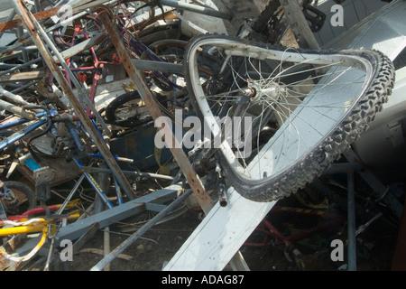 Schrott Metall Flor in einem recycling-center - Stockfoto