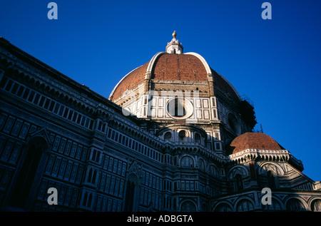 Der Dom und Baptisterium von Santa Maria del Fiore Abend Schatten Florenz Toskana Italien - Stockfoto