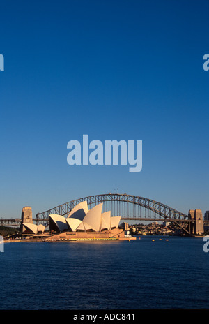Sydney Harbour Bridge und Sydney Opera House Australien - Stockfoto