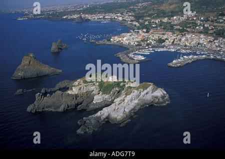 Lachea Insel Aci Trezza Sizilien Italien - Stockfoto