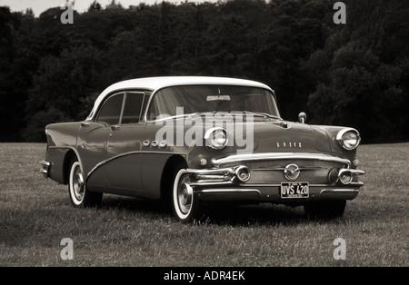 Buick Serie 60 Jahrhundert von 1955 - Stockfoto