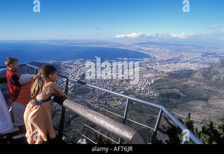 Blick vom Tafelberg über Kapstadt Südafrika - Stockfoto