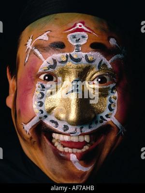 Mann gemalten Gesicht. Singapur. Chinesische Kultur. Chinesische Oper-Darsteller. - Stockfoto