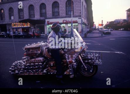 Coney Island in New Jersey 1980 USA 1981 Mann und sein Motorrad HOMER SYKES - Stockfoto
