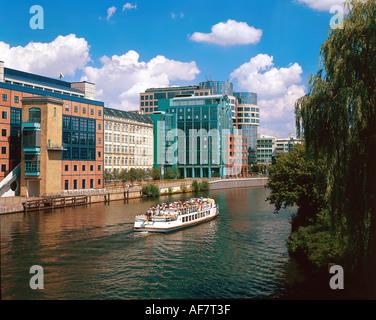 Geographie/Reisen, Deutschland, Berlin, Spree, Fluss, Ansicht von Lessing Brücke in Richtung moderne Gebäude, Architektur, - Stockfoto
