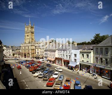 GB - GLOUCESTERSHIRE: Am historischen Marktplatz in Cirencester - Stockfoto