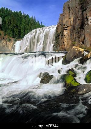 USA-Idaho Upper Mesa Falls auf die Henrys Fork des Snake River Teton Scenic Byway - Stockfoto