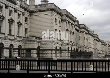Somerset House, Sitz der HM Revenue and Customs - Stockfoto