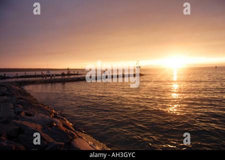Sonnenuntergang über Menemsha, Martha es Vineyard - Stockfoto