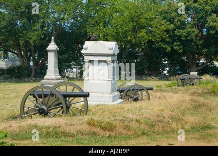 Gettysburg bürgerlichen Krieg-Denkmal & Kanone, Gettysburg, PA USA - Stockfoto