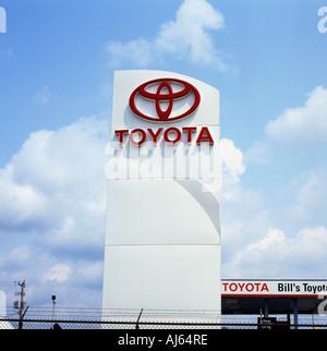 Toyota Auto Verkauf Zeichen - Stockfoto