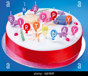 HAPPY BIRTHDAY CAKE - Stockfoto