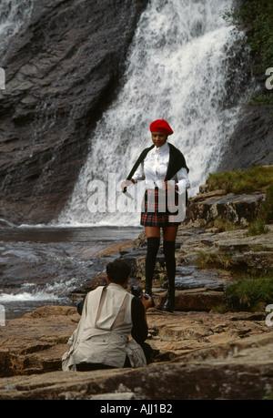 Mode-Shooting auf Isle Of Skye mit Fotograf und model - Stockfoto