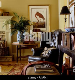Old fashioned wohnzimmer stockfoto bild 70506523 alamy for Wohnzimmer ledersessel