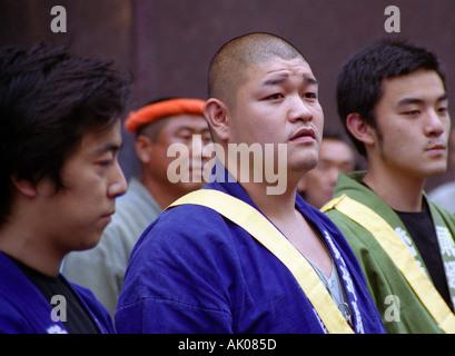 Teilnehmer des Sanno Matsuri Festival in historischer Kleidung paradieren Stadt Zentrum Straßen Tokyo Japan-Ost - Stockfoto