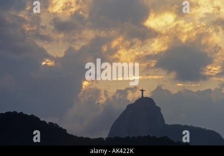 Blick auf Corcovado Berg vom Copacabana Brasilien - Stockfoto