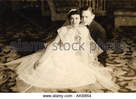 Altes Hochzeitsfoto des Paares - Stockfoto