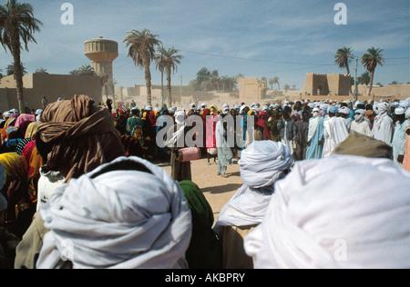 Tubu Tanzfestival Vormachtstellung von Idris Déby Präsident Faya Largeau Tschad Nordafrika feiern - Stockfoto