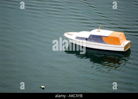 Süd-Ost-Europa, Kroatien, Dalmatien, Sibenik, Motorboot - Stockfoto