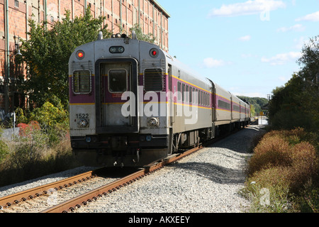 MBTA Personenzug bei Plymouth MA - Stockfoto