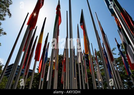 Fahnen am Europäischen Patentamt, München, Bayern, Deutschland